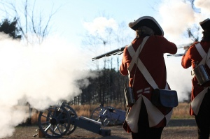Reenactors aim. Real soldiers didn't?